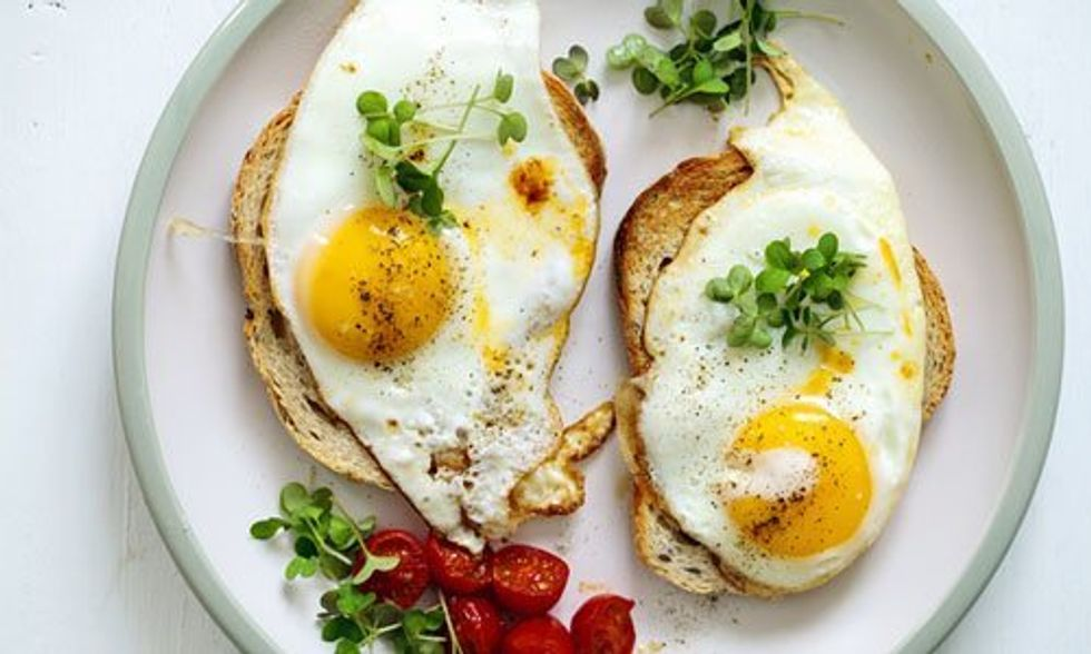Why Eating Eggs Helps You Lose Weight