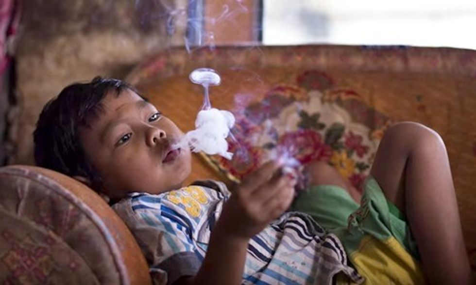 Kids as Young as Two Addicted to Smoking Cigarettes in Indonesia