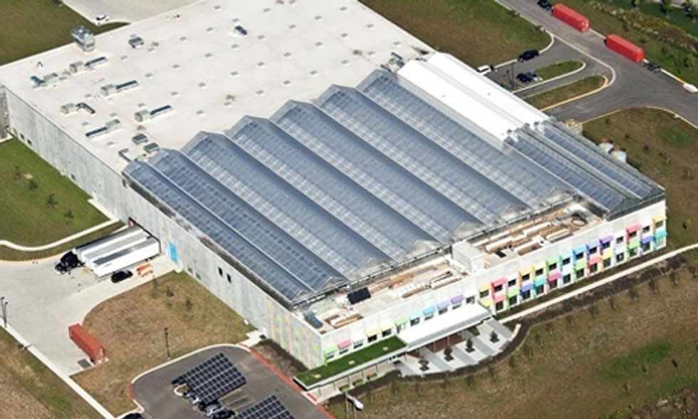 World's Largest Organic Rooftop Farm Powered 100% by Renewables Opens in Chicago