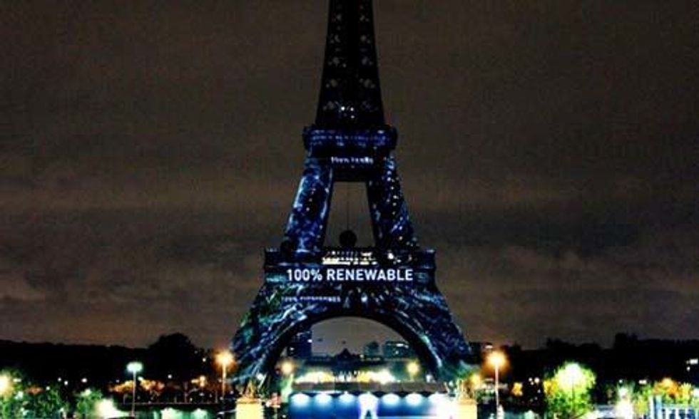 Art Installation Lights Up Eiffel Tower on Eve of Paris Climate Talks
