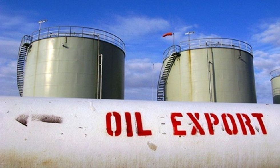 Lifting Crude Oil Export Ban Locks in Fossil Fuel Dependency for Decades to Come