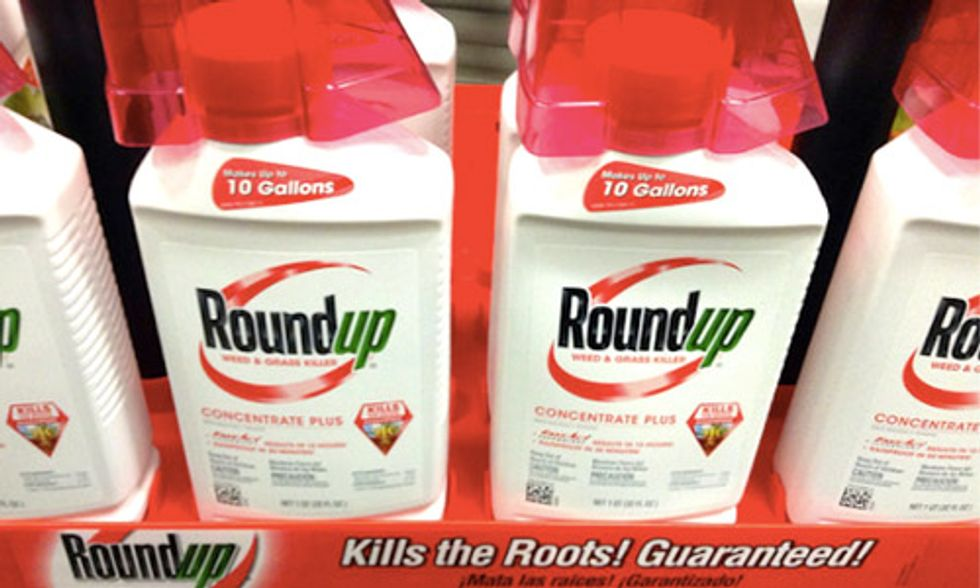 Monsanto CEO Says 'Roundup Is Not A Carcinogen' But 94 Scientists From Around the World Disagree