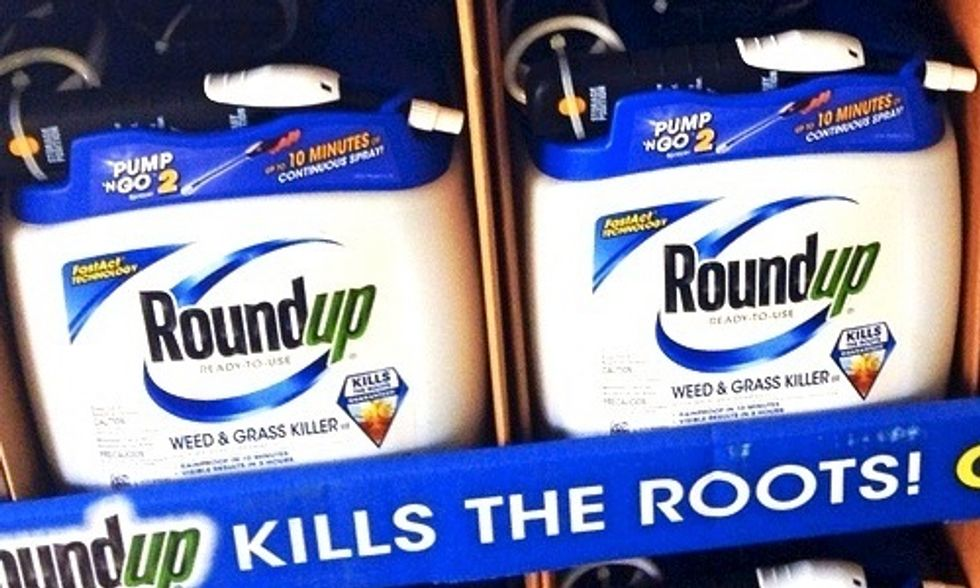 France to Ban Glyphosate Weedkillers Due to Health Risks