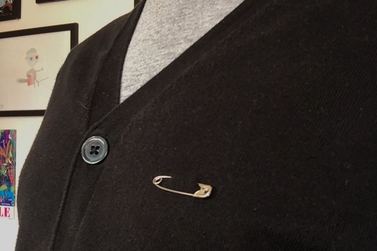 Brits Are Wearing Safety Pins In Solidarity With Immigrants Post-Brexit