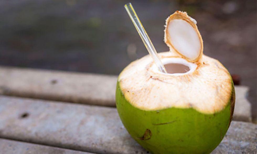8 Health Benefits of Coconut Water