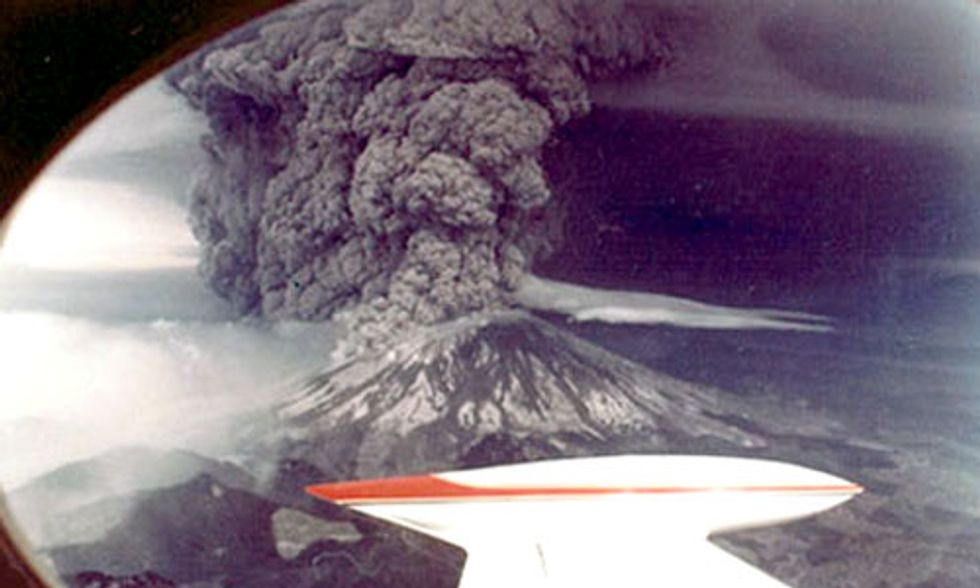 Rare Photos Provide Birds-Eye-View of Mount St. Helens Massive Eruption 36 Years Ago