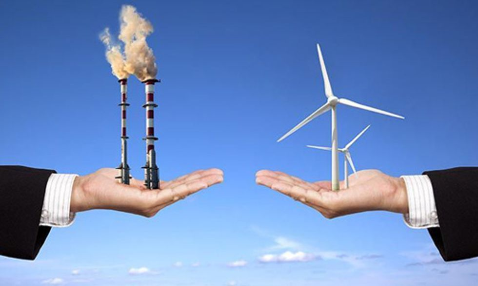 Faced by Falling Oil Prices and Plunging Profits, Big Oil Invests in Renewables