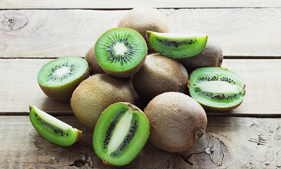 14 Reasons Why You Should Eat Kiwi