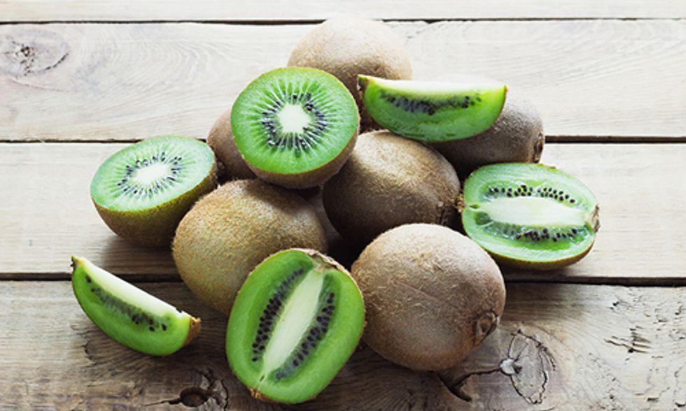 14 Reasons Why You Should Eat Kiwi