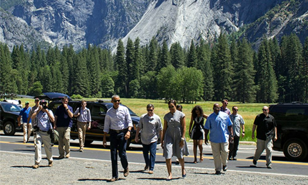 Obama Visits Yosemite, Warns of Risks From Climate Change