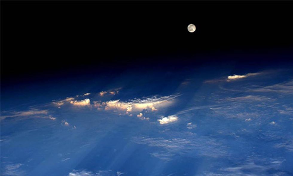 NASA Astronaut Snaps Best Picture of Strawberry Moon