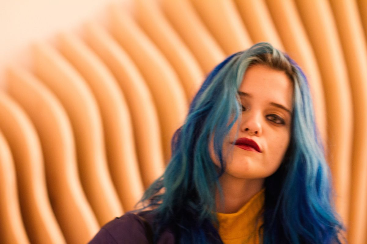 Watch Sky Ferreira Perform In Los Angeles For The David Lynch Foundation
