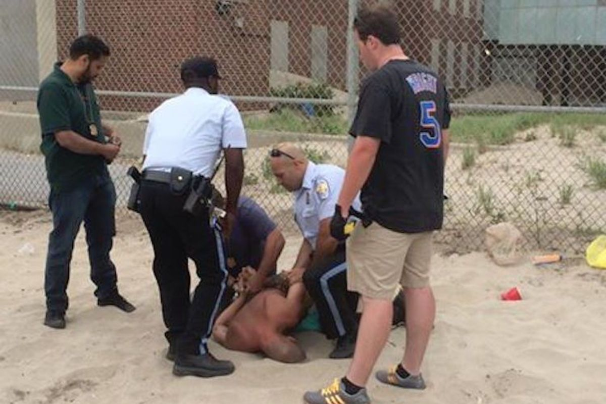 NYPD Arrest Naked Man, Drag Him Screaming Off Gay Beach