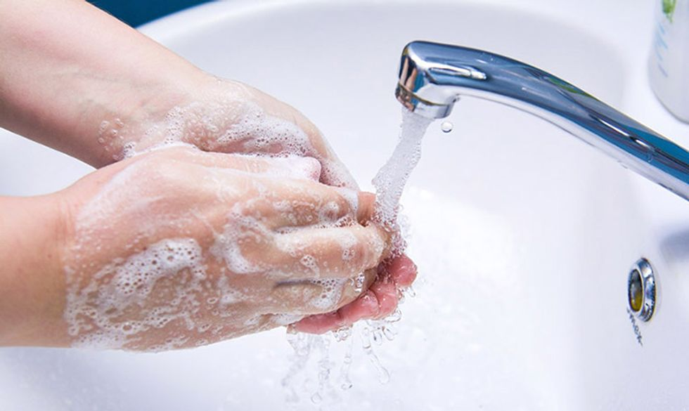6 Reasons Why You Should Stop Using Antibacterial Soap