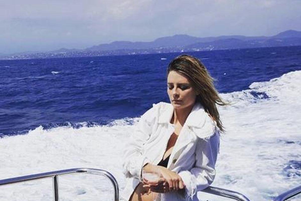 Mischa Barton Posts Cosmically Tone Deaf Instagram Post About Alton Sterling