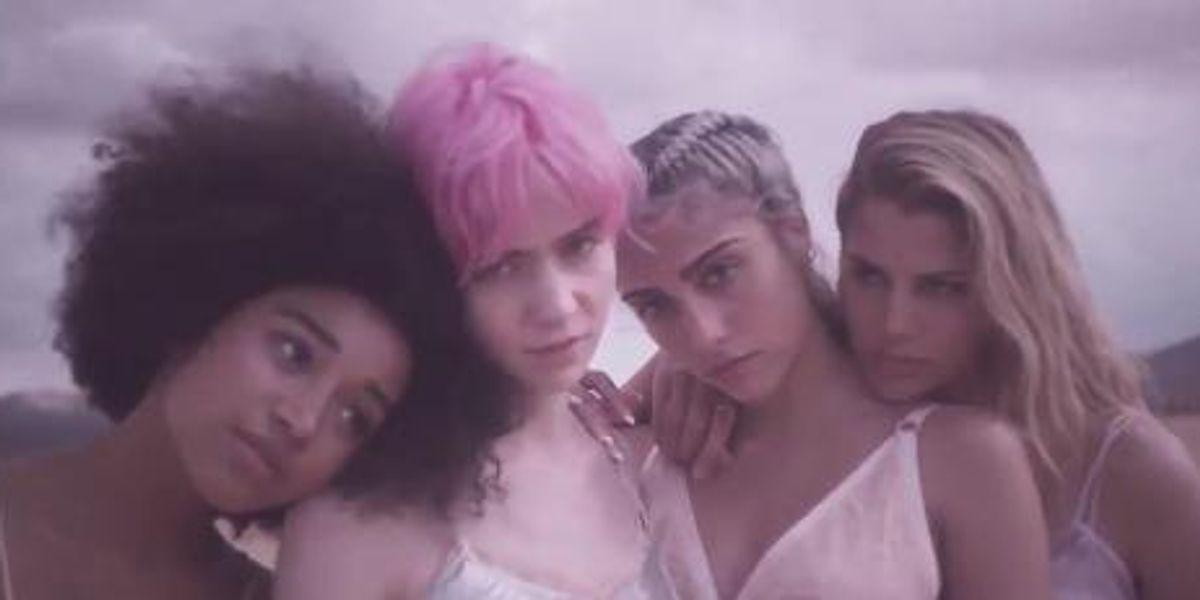 ICYMI: Watch Grimes, Lourdes Leon, Amandla Stenberg, and Kenya Kinski-Jones In Stella McCartney's New Campaign