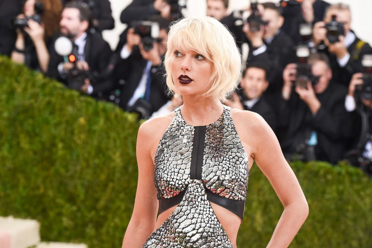 ICYMI: Taylor Swift Was Slut-Shamed By A Ham Sandwich