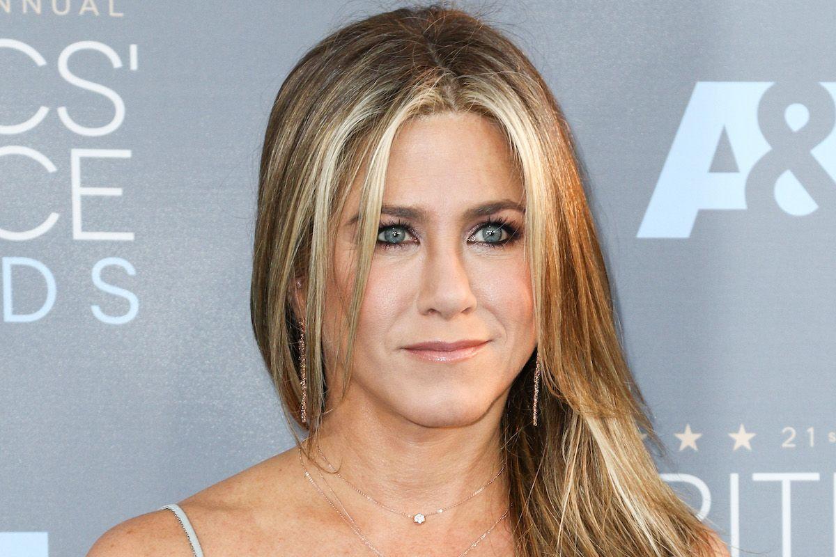 Jennifer Aniston Pens Incredible Blog Condemning Tabloid Culture's Unfair Narratives For Women