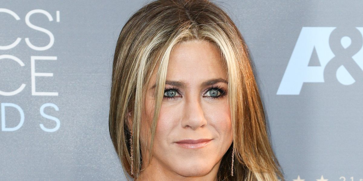 Jennifer Aniston Pens Incredible Blog Condemning Tabloid Culture's Unfair Narratives For Women