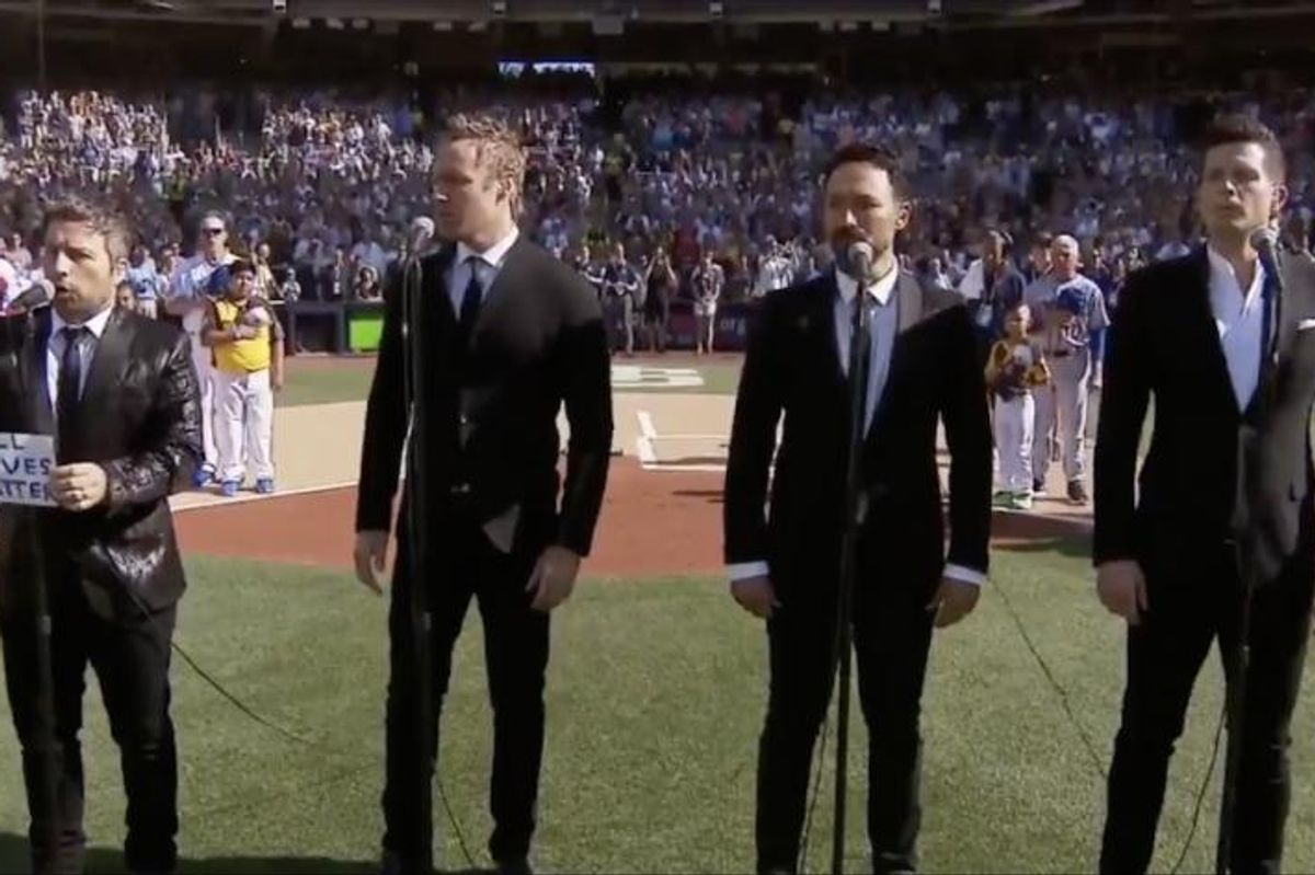 "Rogue A Cappella Singer Fired After Changing Canadian Anthem Lyrics To ""All Lives Matter"""