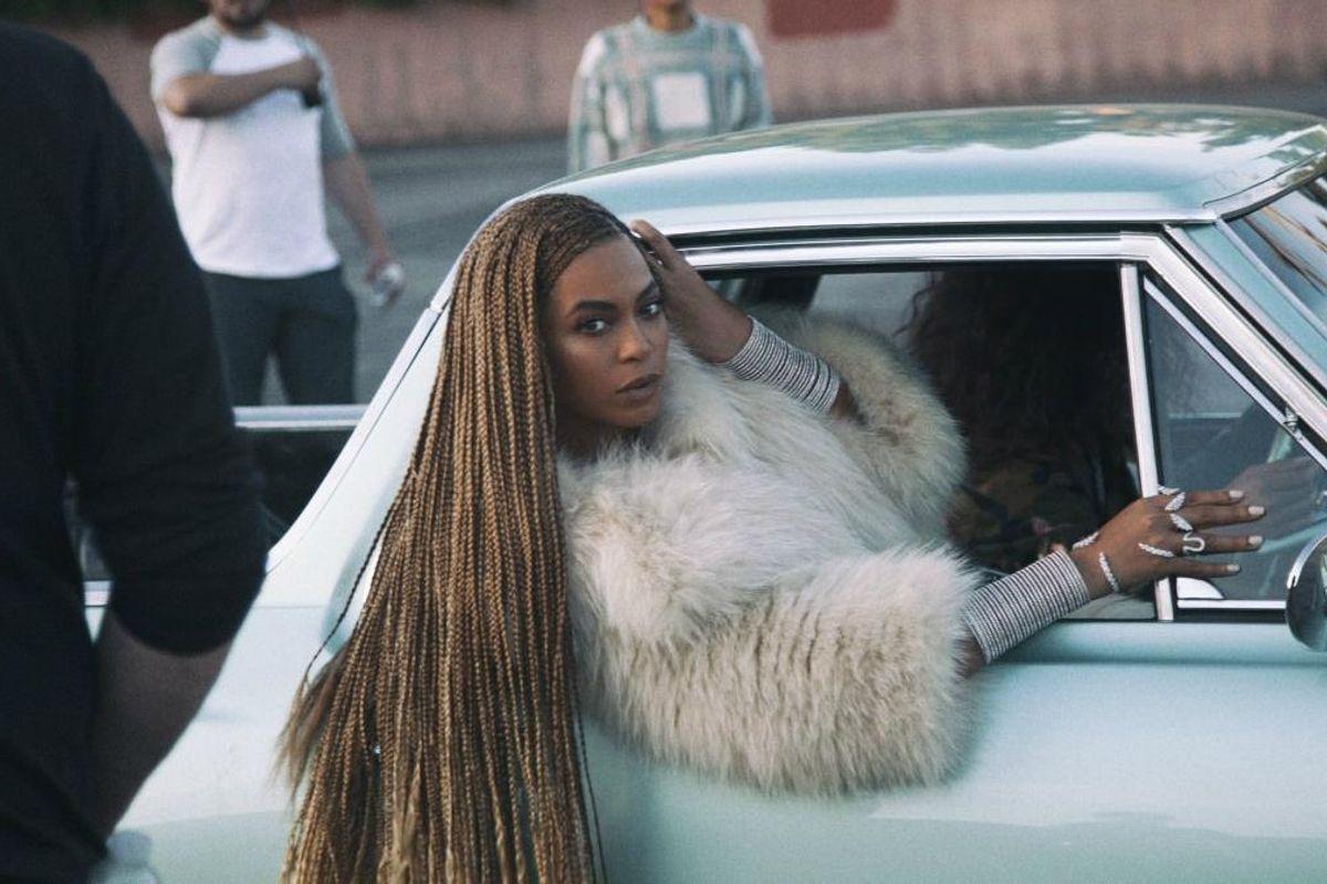 """Beyoncé Denies Copying A """"Distressed"""" White Man For """"Lemonade"""""""