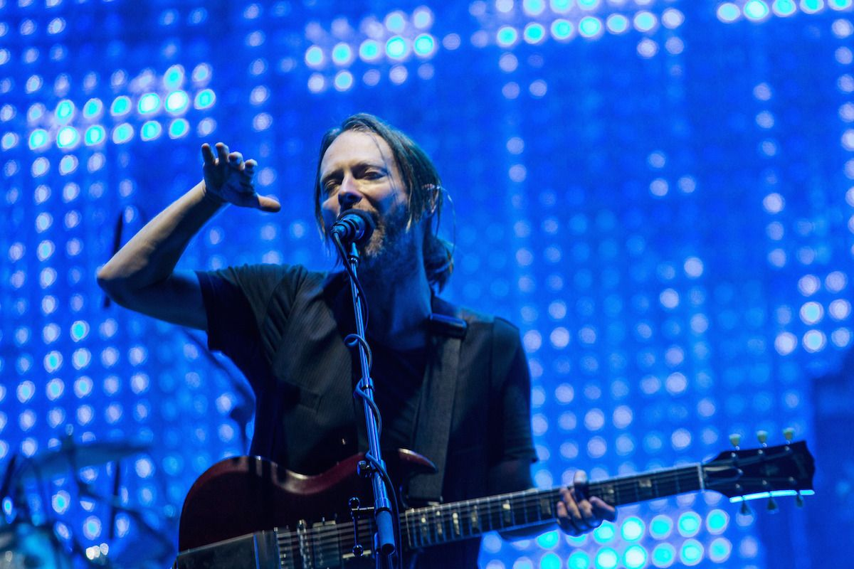 """Watch Radiohead Perform """"Let Down"""" For The First Time In A Decade"""