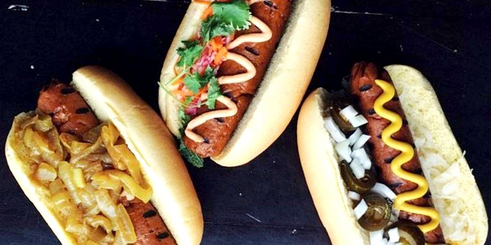 Vegan Hot Dog Stand Wins Over Meat Eaters