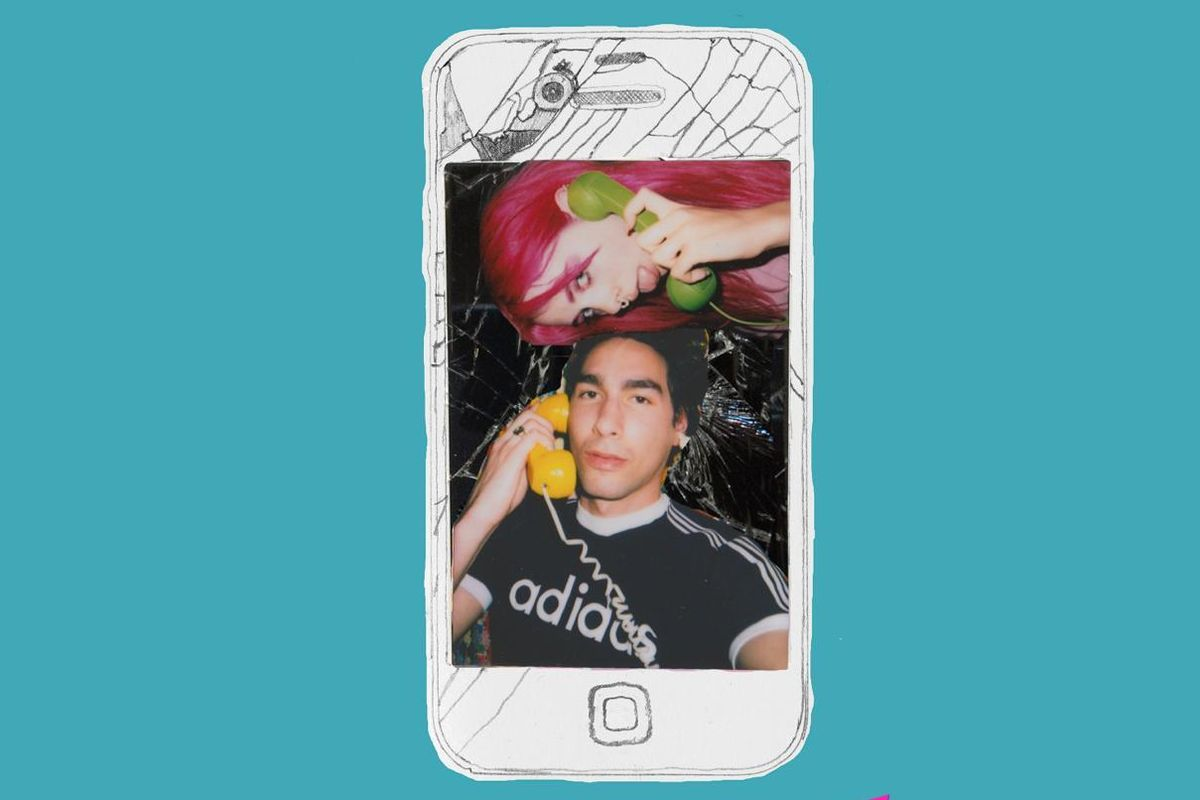 """PREMIERE: Listen To Oscar And GIRLI Tackle The Text Back On The """"Breaking My Phone"""" Remix"""