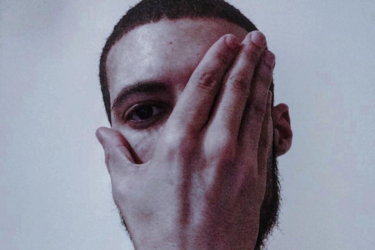 """Listen To Visionist's Haunting One-Off Stunner """"Never Forget"""""""