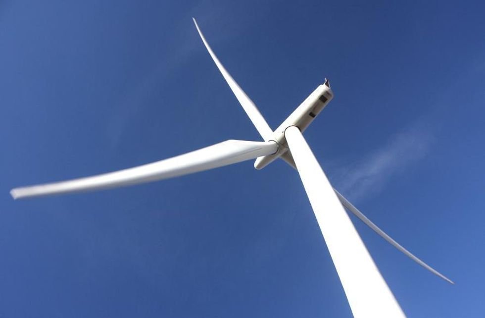 Wind Generates 100% of Scotland's Electricity Needs for Entire Day