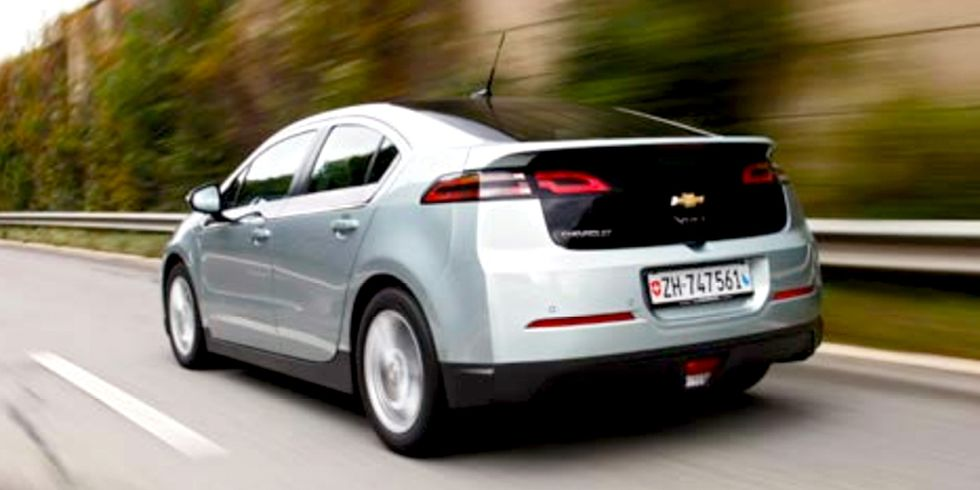 Why Are Electric Vehicles Only 1% of Total Monthly U.S. Auto Sales?