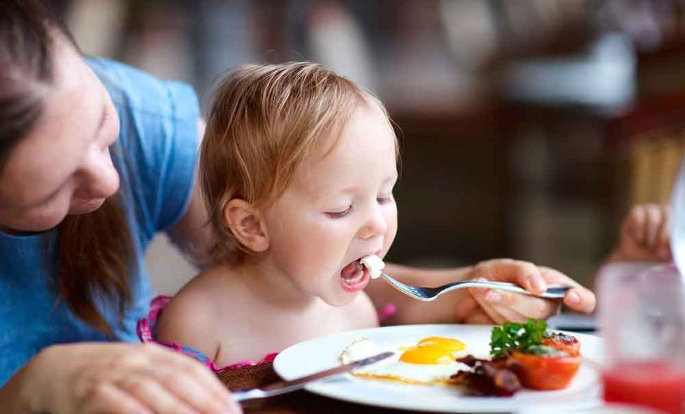 Dr. Hyman: 5 Ways to Raise Healthy Eaters