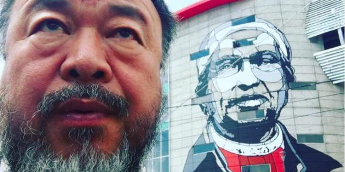 Ai Weiwei Says Biennale Show Dropped Him for Political Reasons
