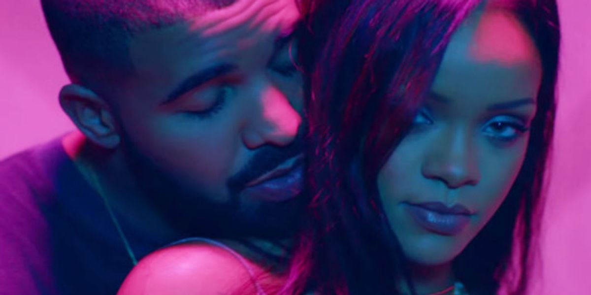 Drake Bought A Los Angeles Billboard To Congratulate Rihanna On Her VMA Vanguard Award