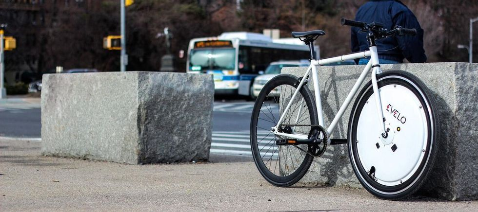 This Wheel Turned My $50 Bicycle Into an Electric Bike
