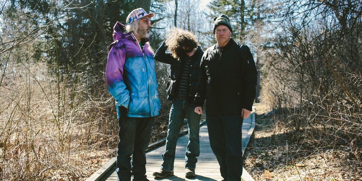 """J Mascis Gets Candid About Dinosaur Jr.'s """"Give A Glimpse Of What Yer Not"""""""
