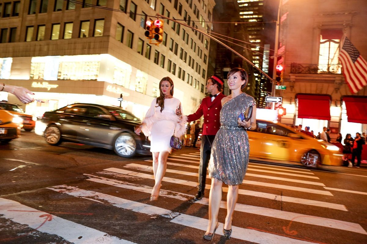 You Can Now Hire Instagram Husbands To Take Pics, Carry Your Stuff For Fashion Week