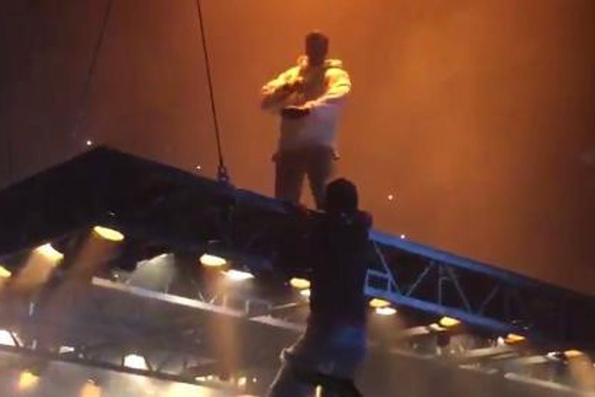 A Kanye West Fan Tried To Climb Onto His Floating Stage Last Night