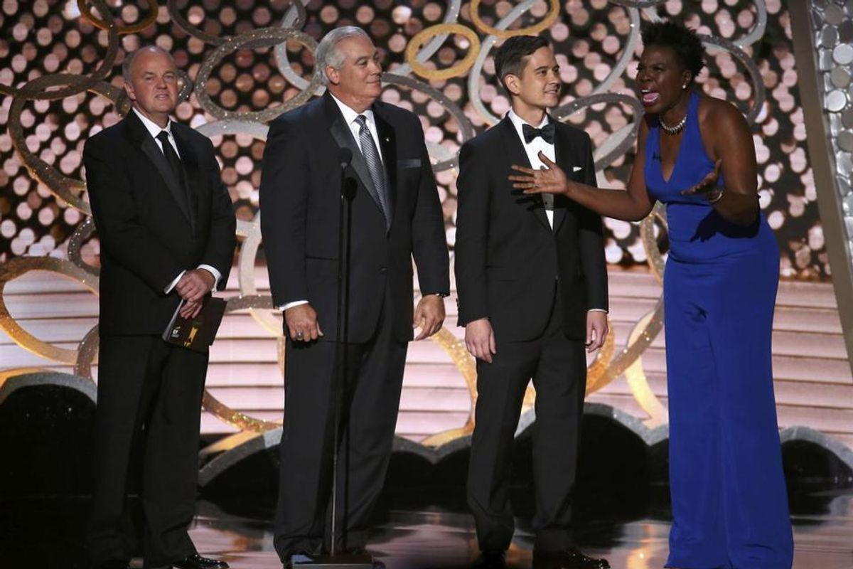 Watch Leslie Jones Joke About Her Online Hacking and Steal the Emmys