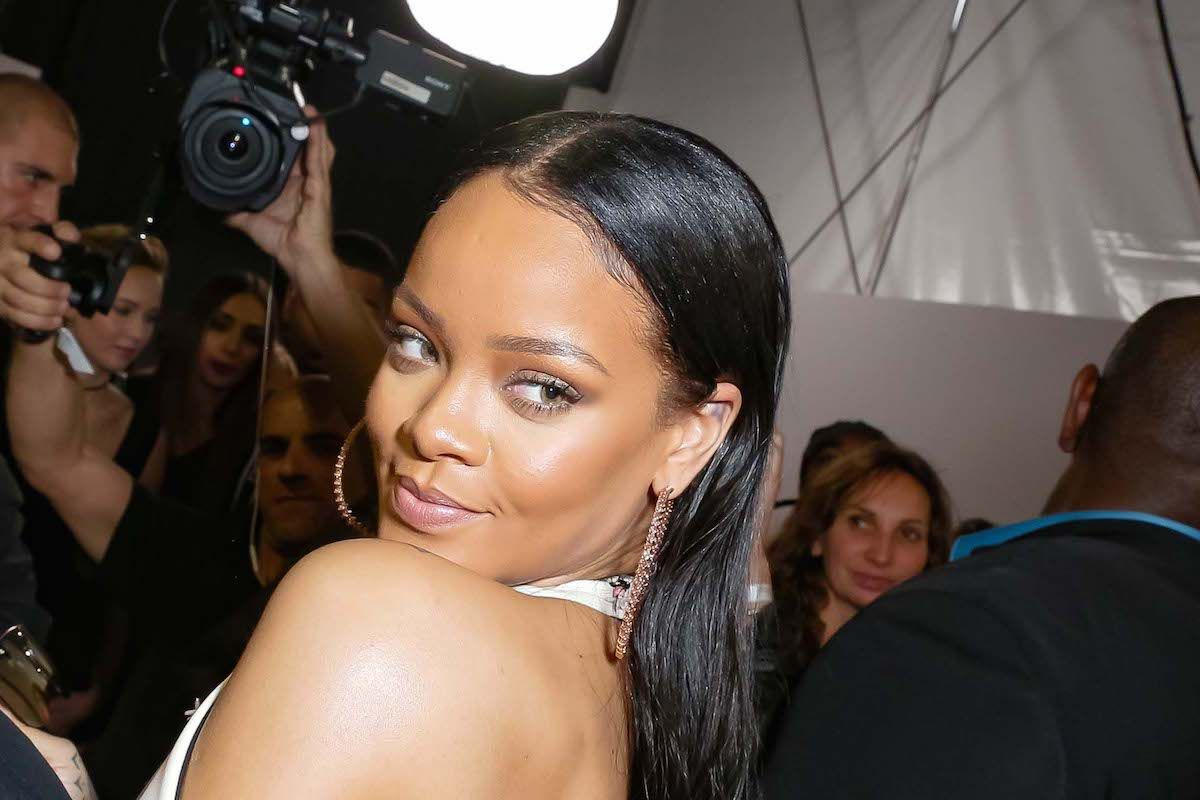 Rihanna Debuts Glorious New Look On Instagram