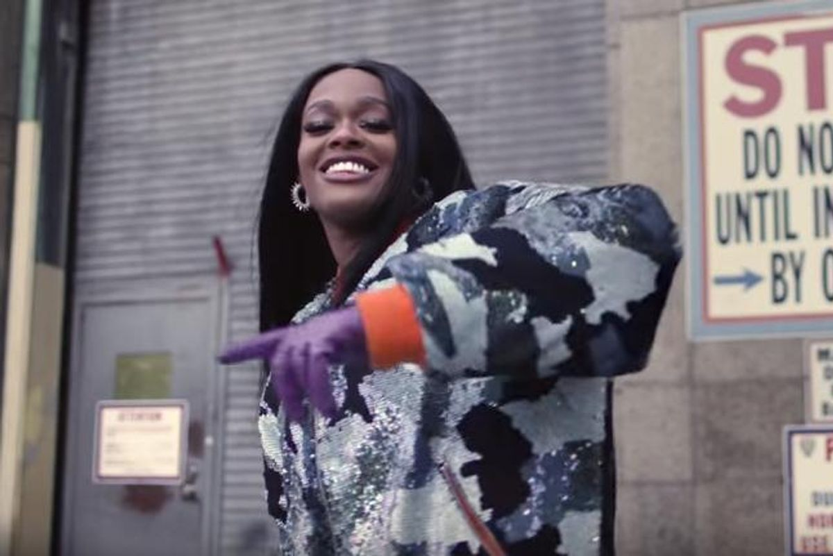 "Azealia Banks Signs New Record Deal, Promises To ""Not Mix Politics"" With Music"