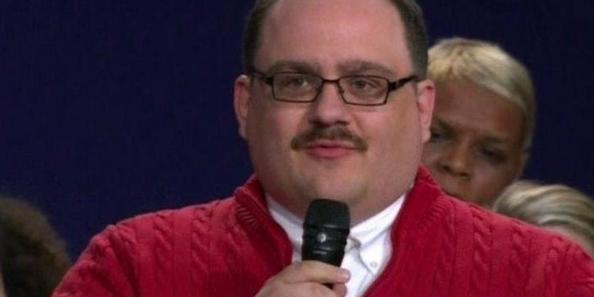 """There Is Now A """"Sexy Ken Bone"""" Costume"""