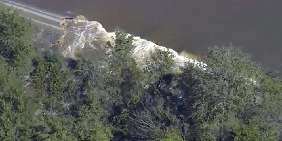 Duke Energy 'Asleep at the Switch,' Takes News Station to Inform Them of Dam Breach