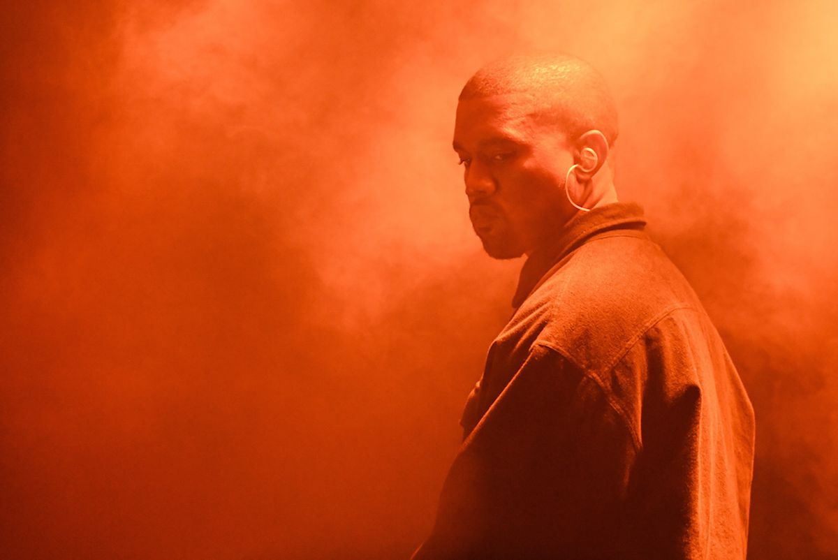 Kanye West Stops Concert To Call Out Rap Imitators In A Very Kanye Way