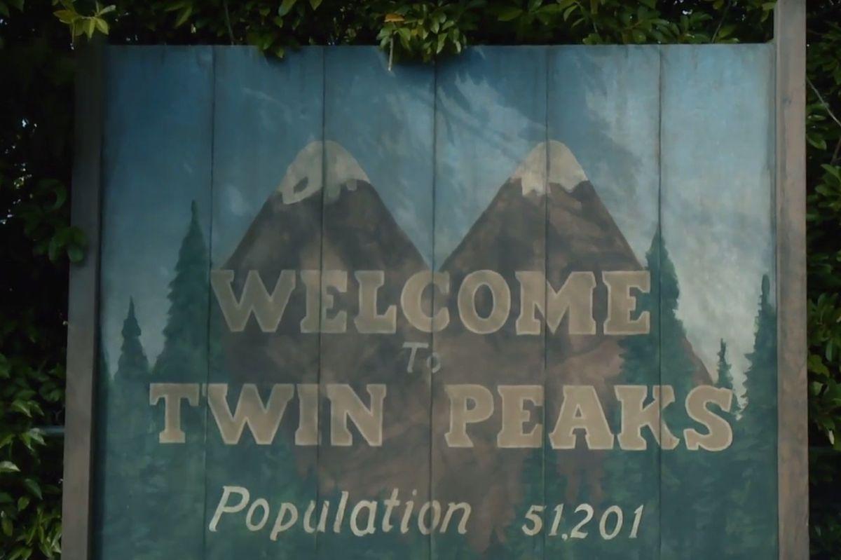 Peek Behind The Scenes Of The 'Twin Peaks' Reboot