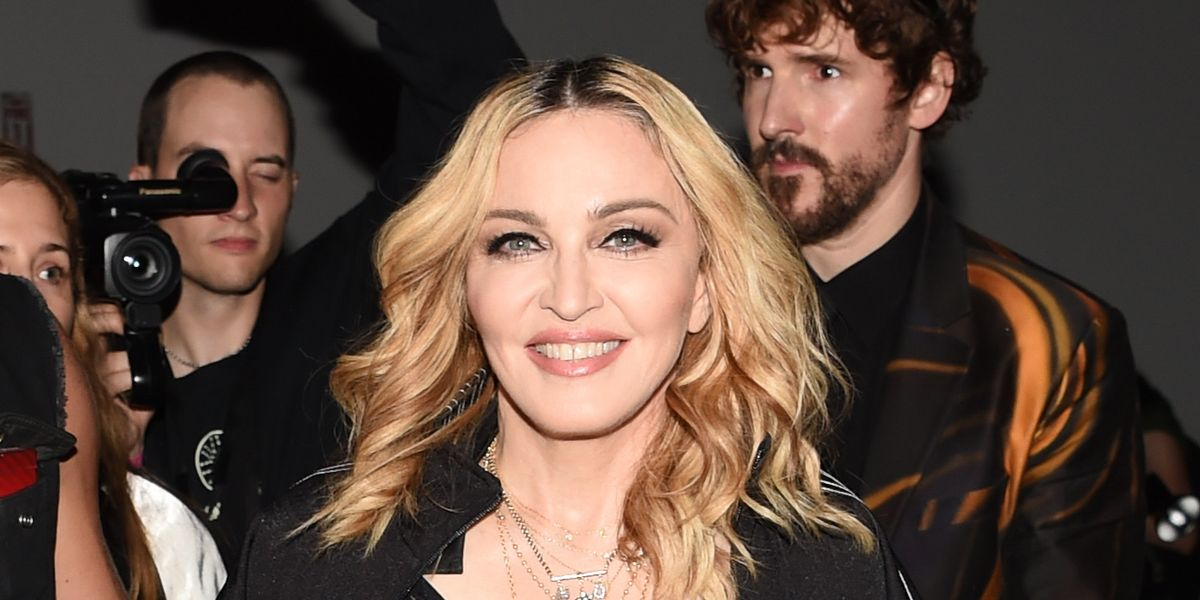"""Madonna Says She """"Will Give You A Blowjob"""" If You Vote For Hillary Clinton"""