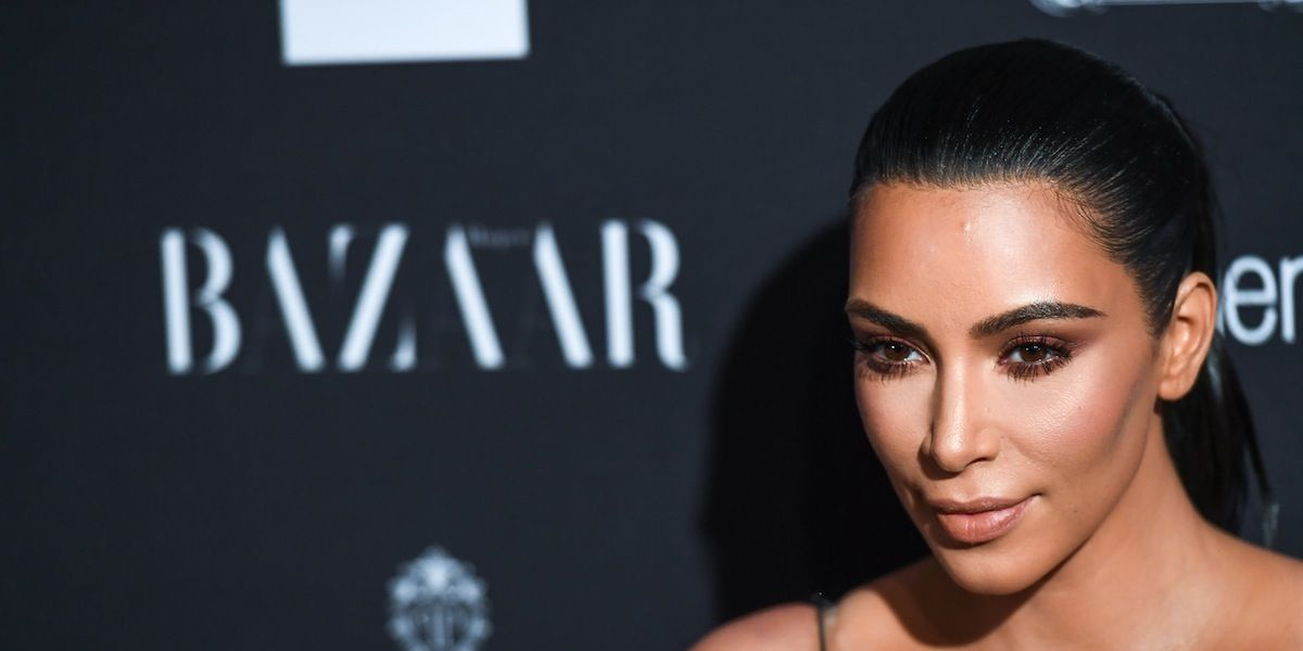 Kim Kardashian Threatening To Sue Huffington Post Contributor Over Paris Robbery Story