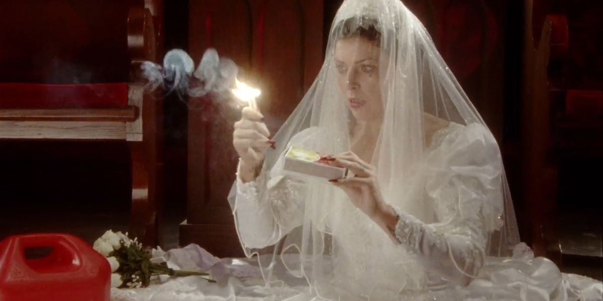 """Sleigh Bells' Alexis Krauss Plays """"Three Doomed Women"""" In The Music Video For 'I Can Only Stare'"""