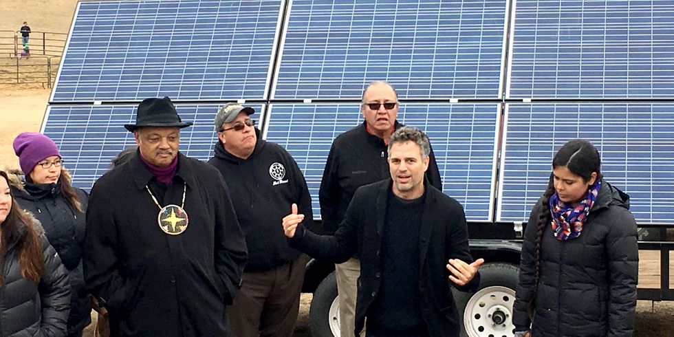 Mark Ruffalo Delivers Solar Panels to Camp Where Thousands Are Fighting the Dakota Access Pipeline