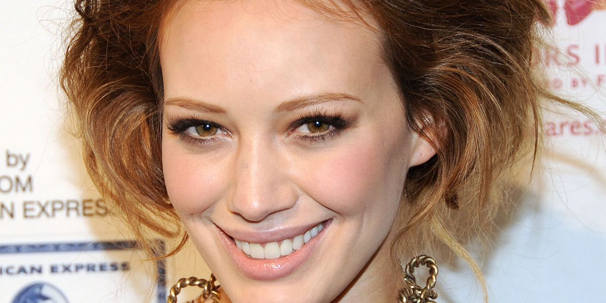 Hilary Duff Apologizes For Offensive Halloween Costume